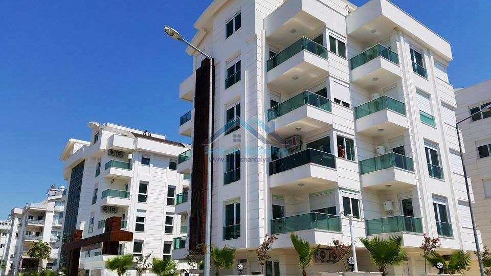 Sara Residence